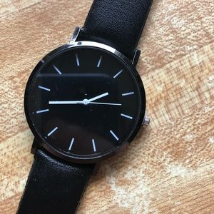 Other - Black quartz movement metal/glass face watch NWT